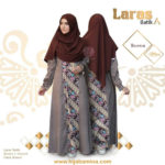LARAS DRESS A – BROWN